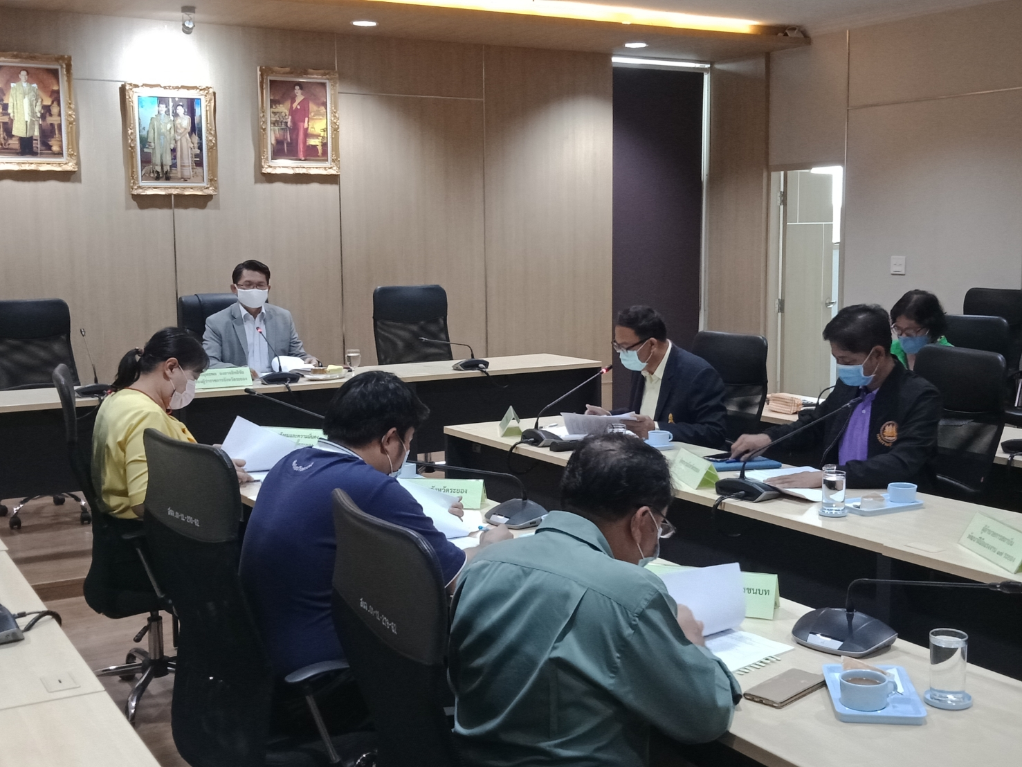 สำนักงานแรงงานจังหวัดระยอง จัดประชุมคณะกรรมการศูนย์ช่วยเหลือผู้ประสบความเดือดร้อนด้านอาชีพ กระทรวงแรงงาน ประจำจังหวัดระยอง ครั้งที่ 2/2563